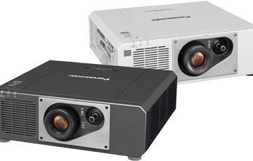 Imagen principal del proyector Panasonic PT-FRZ60.