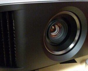 Proyector de imagen principal JVC-DLA-NX7-300x300