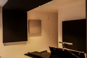 acoustic panel placed in piano room (3)