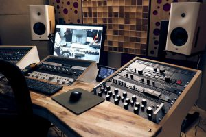 akustik absorber, akustik diffusor, bass trap, bassfallen, akustikplatten