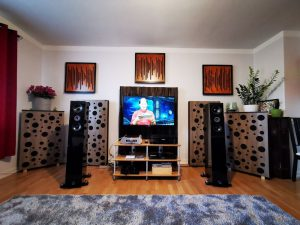 bass-trap-placed-in-the-cinema-room-2-300x225