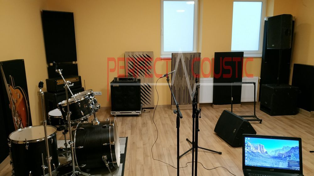 diffuser front panel acoustic panels in studio (2)
