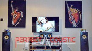 hangelnyelő panel a falon